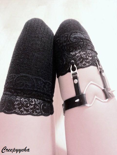 creepyeha leg garter