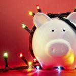 Simple Ways to Save Money This Holiday Season